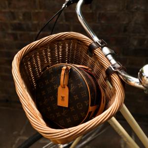 Louis Vuitton Boite Chapeau Souple handbag